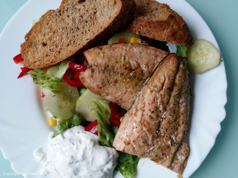 Filet z lososa na bylinkovom masle