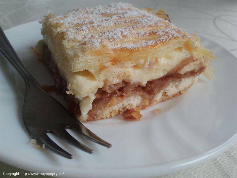 Jablkový koláč z lístkového cesta 1